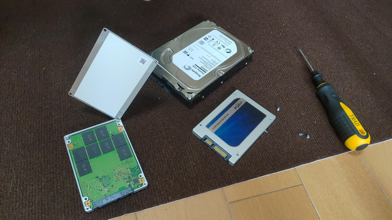 5年前に40万円で購入したパソコンを売却した金額は4万円だったのであった。